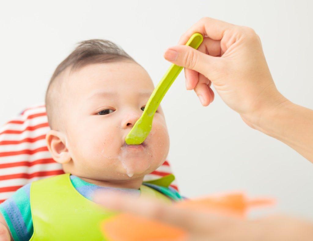 Các món ăn dặm cho trẻ 6 – 7 tháng tuổi gồm những gì?