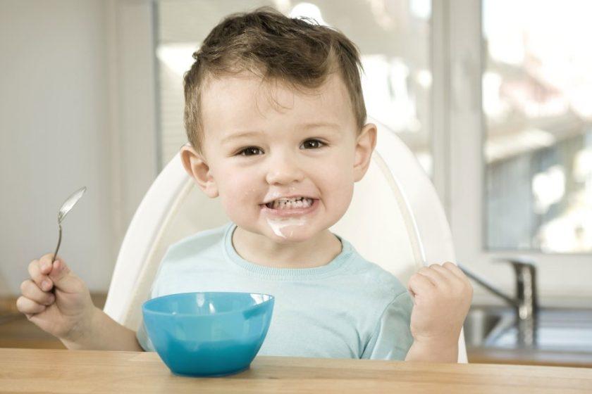 Bố mẹ nên cho bé 7 tháng tuổi ăn phô mai loại nào?