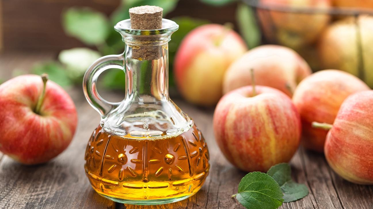 Cách trị ong vò vẽ đốt bằng giấm táo