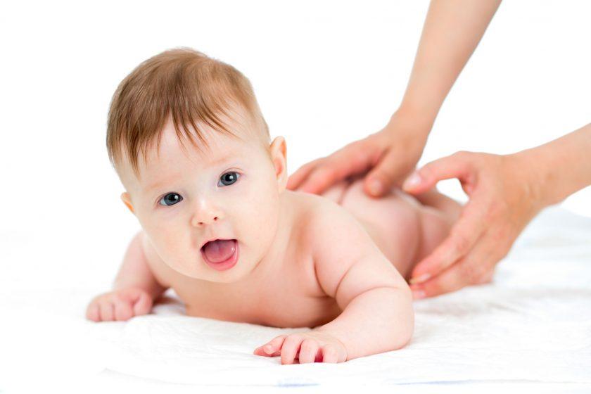 Mách mẹ cách trị nấc cụt cho trẻ sơ sinh hiệu quả nhanh nhất