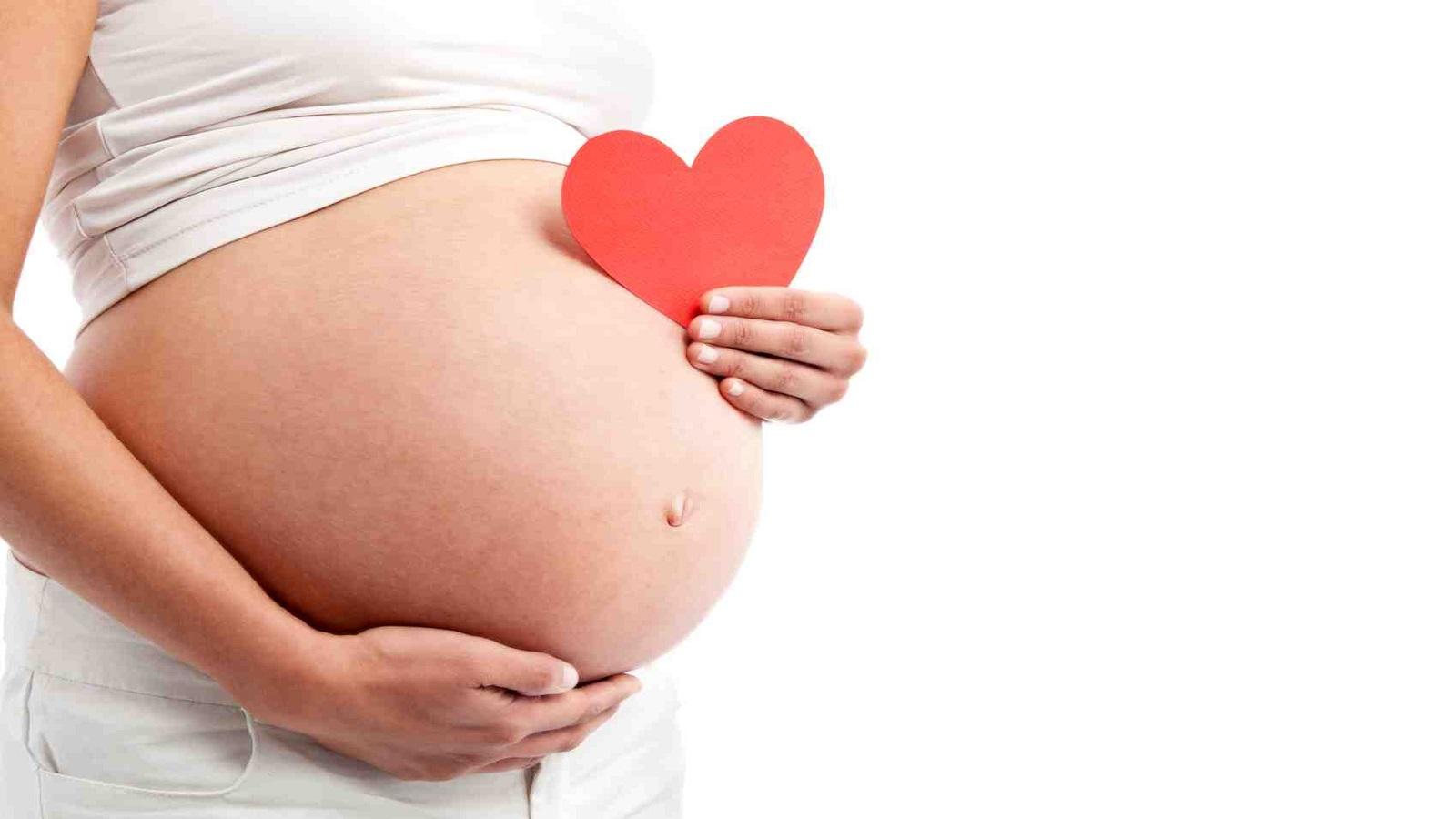 Phụ nữ mang thai và đang cho con bú cần thận trọng khi dùng thuốc